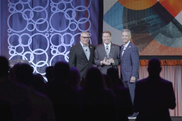 Brad Dean accepting the 2019 Destination Organization Leadership Award